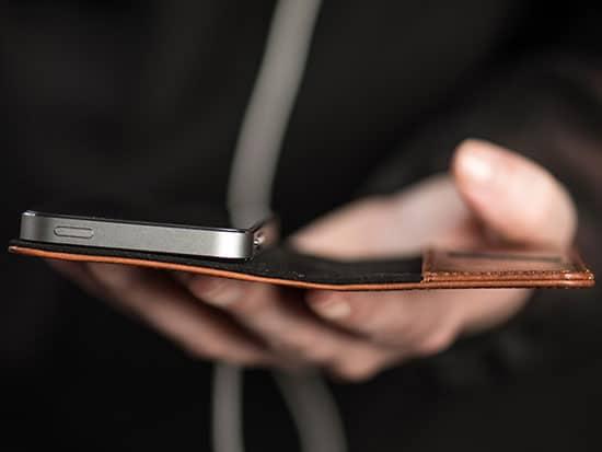 کیف چرمی iPhone