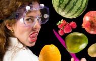 6 میوهای که اشتباه خورده میشود