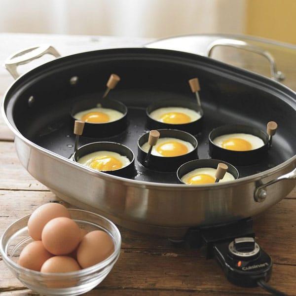 تخم مرغ نیمرو حلقه ای