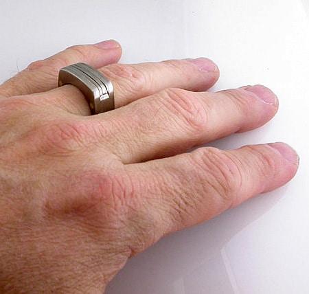 انگشتر مردانه تیتانیوم