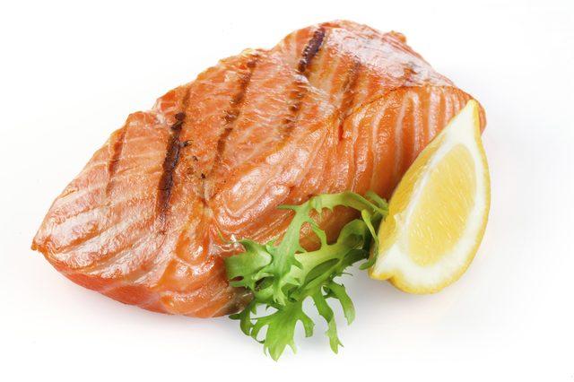 گوشت ماهی قزل آلا
