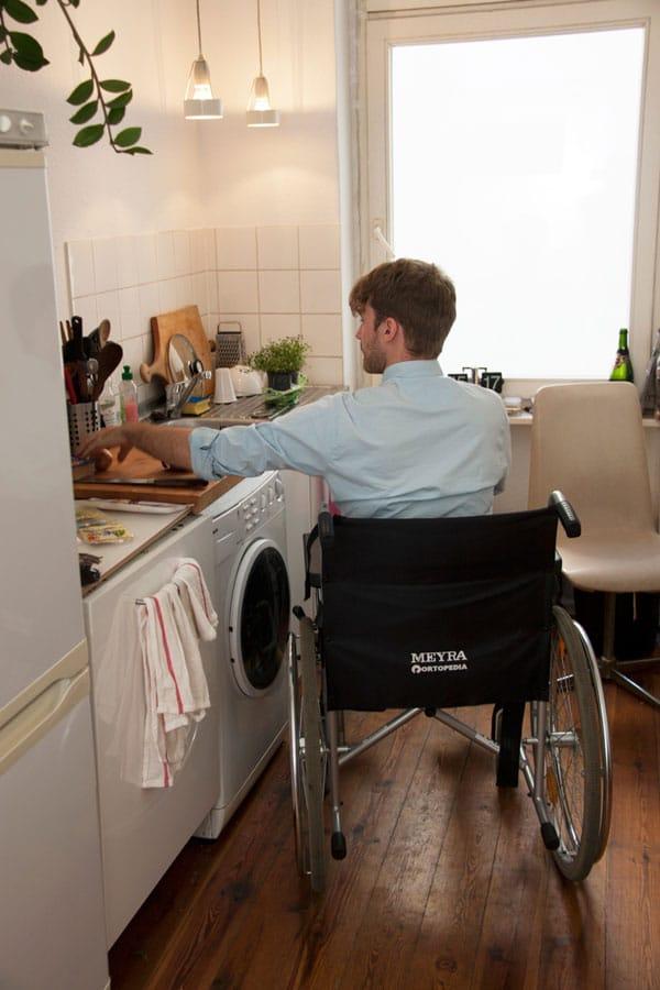میز آشپزخانه معلولین