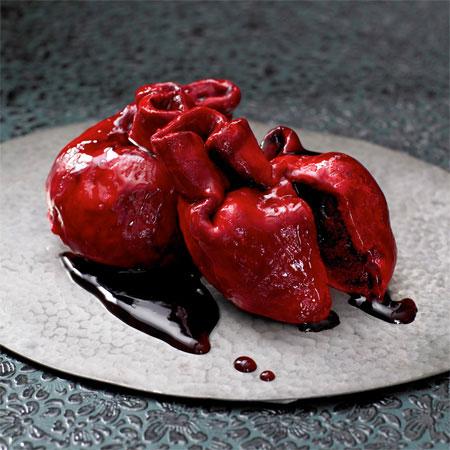 کیک قلبی قرمز ولنتاین