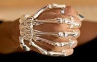 دستبند نقرهای استخوانی