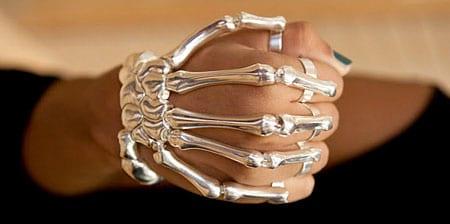 دستبند استخوانی