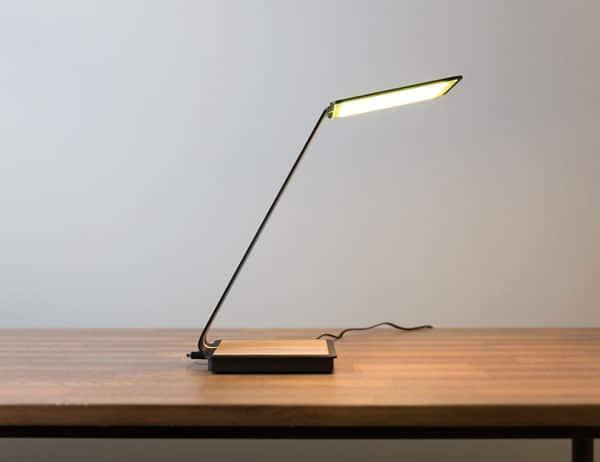 چراغ مطالعه OLED