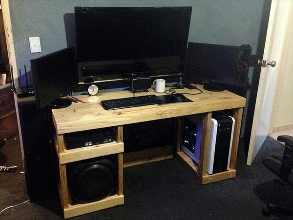 میز کامپیوتر تخته ای چوبی