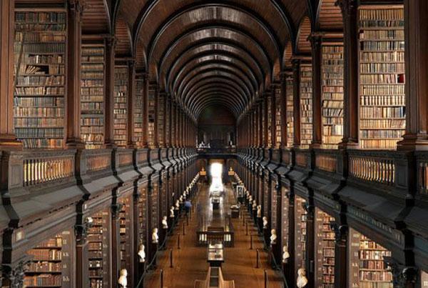 کتابخانه ترینیتی کالج ایرلند