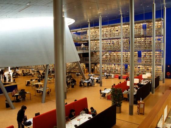 کتابخانه دانشگاه دلفت هلند