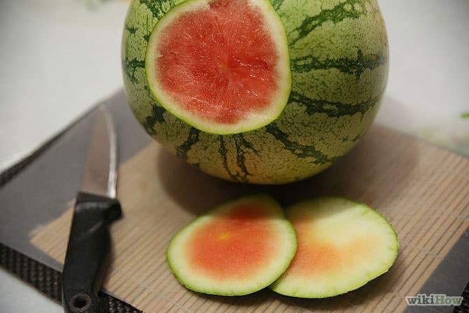 برش هندوانه قرمز