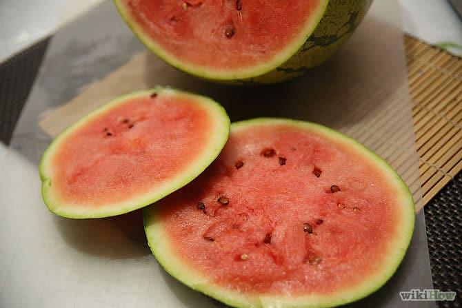 هندوانه قرمز رسیده