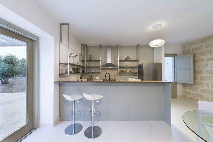 طراحی ساده آشپزخانه