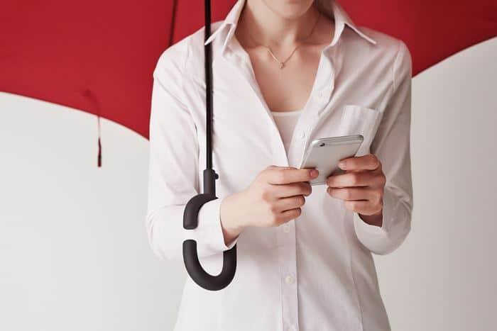 چتر بارانی برای استفاده گوشی موبایل