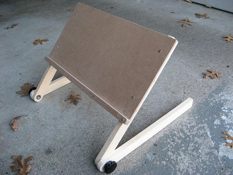 میز لپ تاپ تاشو برای رختخواب