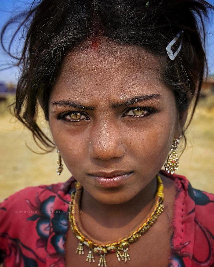 دختر هندی پوشکار