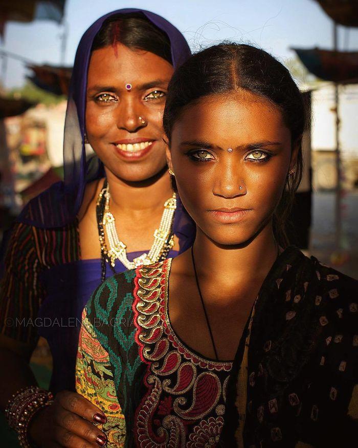 دختر و مادر هندی