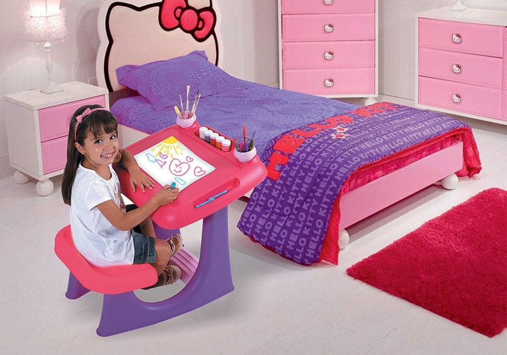 میز نقاشی برای کودکان